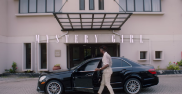 Johnny Drille – Mystery Girl (Video)